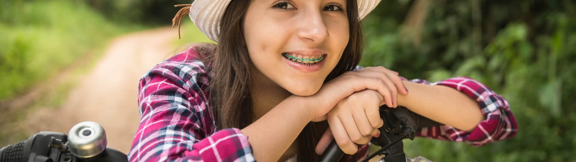 Advantages & Disadvantages of Accelerated Orthodontics